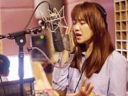 """Clip Eva - Video: Hari Won hát live """"Anh cứ đi đi"""" đầy xúc cảm"""
