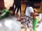 Clip Eva - Video: Nữ nhân viên y tế bị đánh ghen, đổ mực khắp người tại bệnh viện