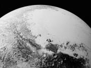 Có một đại dương ẩn trên sao Diêm vương?