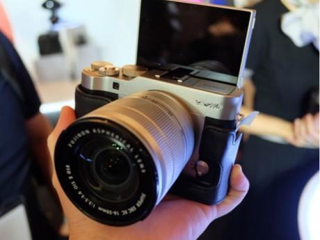 [Video] Đi du lịch mà không biết những mẹo tự sướng với máy ảnh này thì... vứt