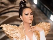 Thời trang - Lý Nhã Kỳ hoá nữ hoàng Ai Cập có đôi cánh thiên thần bằng vàng