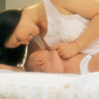 Sau sinh, ăn gì để lợi sữa?