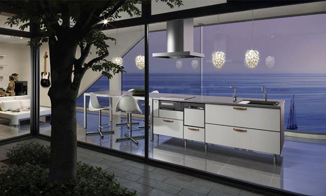 Một căn bếp hiện đại với tầm nhìn đẹp hướng ra biển.