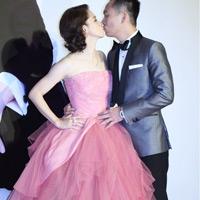 Từ Nhược Tuyên mặc váy Vera Wang trong ngày cưới