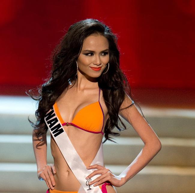 Hoa hậu Diễm Hương là một trong những người đẹp sở hữu làn da rám nắng khỏe mạnh...