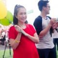 Thanh Thảo Hugo diện váy suông che bụng bầu 8 tháng