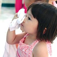 Cách chữa đau mắt đỏ cho trẻ sơ sinh 2 ngày là khỏi