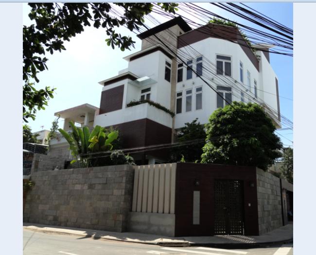 Ngôi biệt thự trị giá 3 triệu USD của Đàm Vĩnh Hưng.