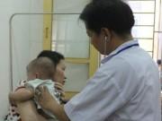 Tin tức - Cho trẻ sốt virus uống kháng sinh có thể gây biến chứng nặng