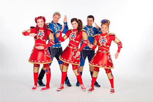 Nhóm nhạc kịch nổi tiếng Hi5 lần đầu tổ chức concert tại VN-Xem ăn chơi