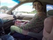 Sau sinh - Chồng quay phim vợ đẻ rơi trên xe ô tô đến bệnh viện