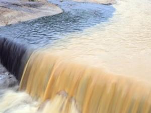 Quảng Ninh vẫn mưa lớn, ngập 3km đường lò than