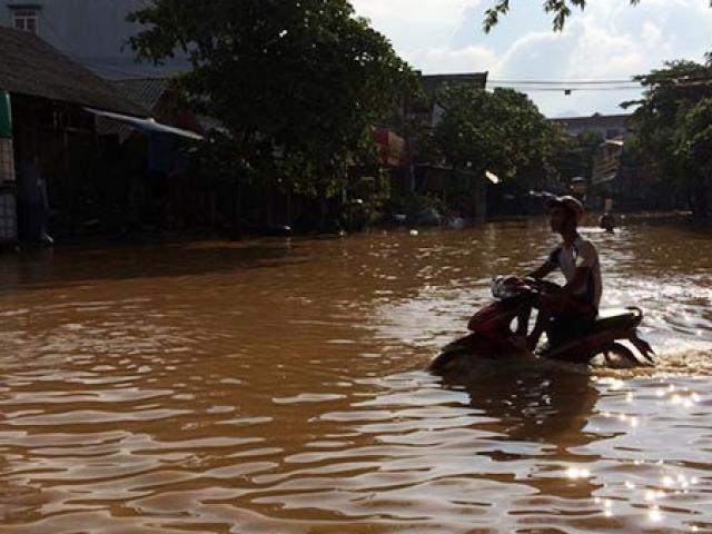 Mưa lớn gây ngập lụt ở Yên Bái