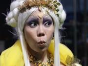 Việt Hương làm  & quot;sụp đổ & quot; hình tượng tiên nữ