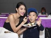 """Làng sao - Mai Hồ lần đầu đưa con trai """"hot boy"""" đi sự kiện"""