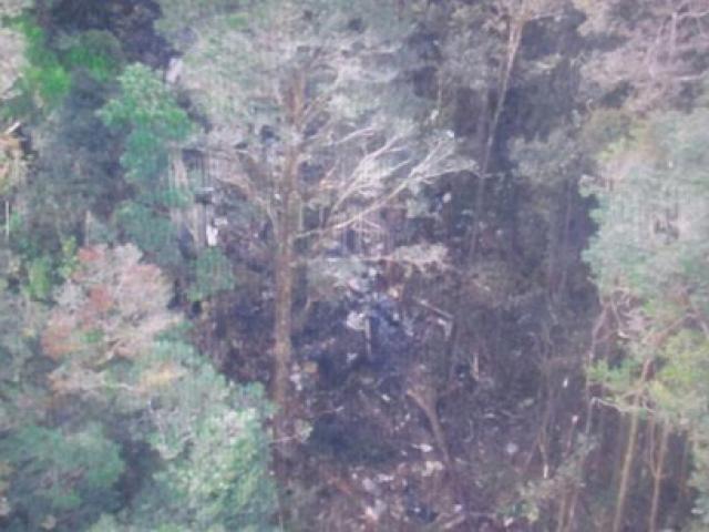 Máy bay Indonesia  ' vỡ tan ' , không có người sống sót