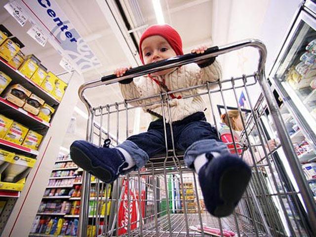 Cảnh báo 4 nguy hiểm thường gặp khi trẻ đi siêu thị