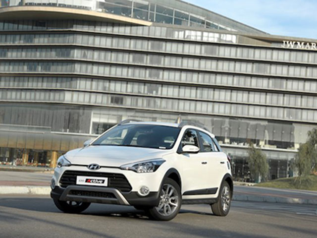 Hyundai i20 Active bán chạy khi vừa ra mắt tại Việt Nam
