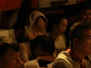 Tin tức - Người dân nằm ngủ giữa đường từ nửa đêm chờ xem diễu binh 2.9