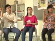 Tin tức - Học sinh khiếm thính tập hát Quốc ca đón khai giảng