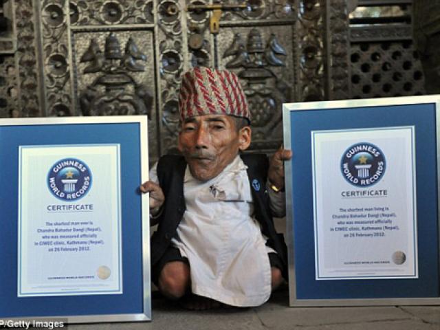Người lùn nhất thế giới qua đời