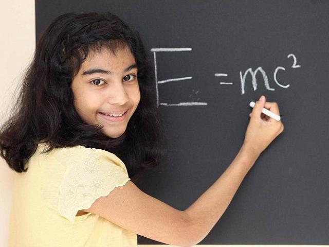 Thần đồng 12 tuổi có chỉ số IQ cao hơn Einstein
