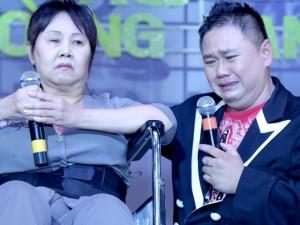 Minh Béo khóc nức nở cạnh diễn viên Hoàng Lan
