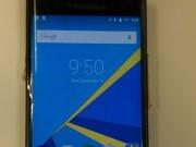 Eva Sành điệu - Lần đầu tiên cận cảnh smartphone BlackBerry chạy Android