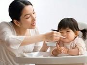 Làm mẹ - Những món ăn mẹ vẫn tưởng bổ mà hóa hại con
