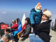 Làm mẹ - Cách nuôi con sinh non thành béo khỏe của bố mẹ bé '15 tháng lên đỉnh Fansipan'