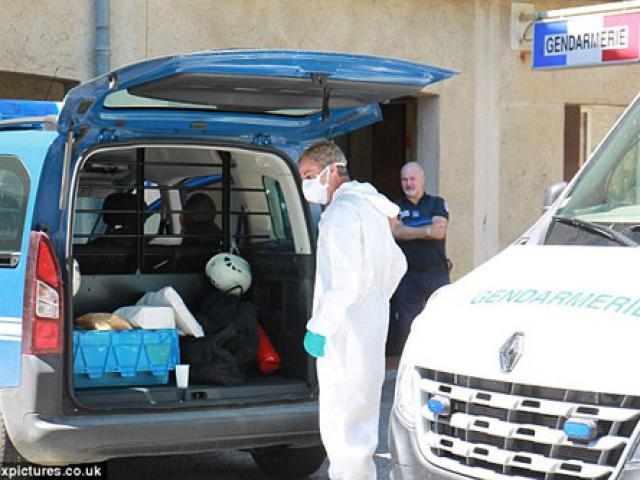 Mẹ và 3 con gái bị đâm bằng dao vì... mặc quần short ngắn ở Pháp