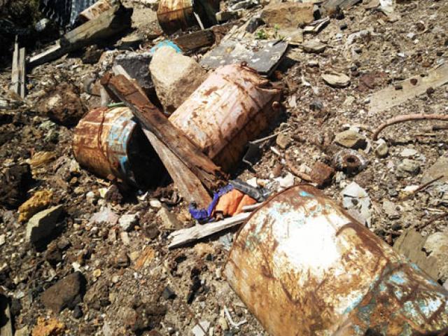 Phát hiện thêm 5 điểm đổ rác thải trái phép từ Formosa