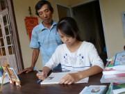 Thương cha mẹ, nữ sinh đạt điểm 10 Lịch sử quyết tâm học trở thành phóng viên