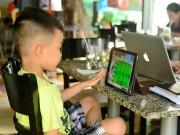 """Trẻ """"rối"""" vì thiết bị công nghệ"""