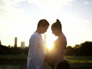 Cặp đôi đồng tính nữ tiết lộ quy trình tự thụ thai tại nhà