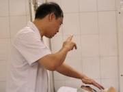 Tin tức - Vụ sập nhà Cửa Bắc: Một nữ nạn nhân có nguy cơ phải cắt cụt chân