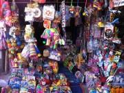 Những món đồ chơi mùa Trung thu nguy hiểm cần tránh cho trẻ