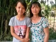 Nữ sinh 10 điểm Lịch Sử: Ám ảnh đôi tay chai sần của mẹ