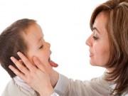 Sức khỏe - Những sai lầm nguy hiểm cha mẹ hay mắc phải khi con hóc dị vật