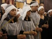 Đám tang NS Hán Văn Tình: Người vợ tần tảo và 2 con nén nỗi đau trong giờ phút vĩnh biệt