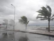 Đêm nay bão số 4 giật cấp 9-11 sẽ đổ bộ vào Quảng Nam-Bình Định