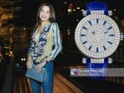 Thời trang - Hồ Ngọc Hà âm thầm khoe đồng hồ tiền tỷ đầy ắp kim cương