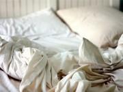 Đây là lí do bạn nên giặt ga giường thường xuyên