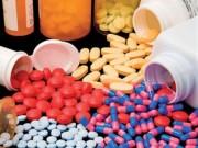 Mẹ 'nghiện' chữa bệnh bằng thuốc kháng sinh khiến con càng ốm nặng