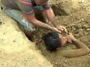 Tin tức - Thiếu nữ 18 tuổi bị gia đình chôn sống để chữa bệnh do sét đánh