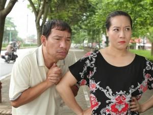 """Người đàn ông """"bi đát"""" nhất màn ảnh Việt: Vợ bán xôi thịt – ruốc, chồng phải ăn muối vừng"""