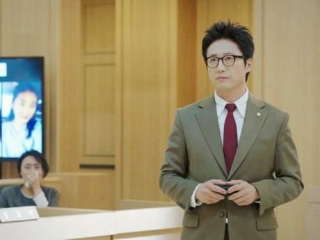 Sau thời gian dài vắng bóng, quý ông Chuyện tình Paris Park Shin Yang giờ ra sao?