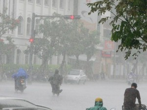 Tin mới thời tiết 24/8: Bão số 6 suy yếu thành áp thấp, Hà Nội mưa cực lớn đến hết ngày mai