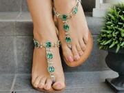 """Clip Eva - Tự làm dép sandal từ đôi """"tông"""" định vứt đi hóa ra lại dễ không tưởng"""