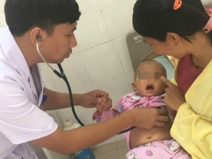 20 ngày giành giật sự sống cho bé gái 16 tháng tuổi mắc ho gà nguy kịch